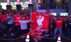 Nonbar Liverpool vs Man United di seluruh Nusantara