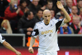 Shelvey hits Kop thunderbolt