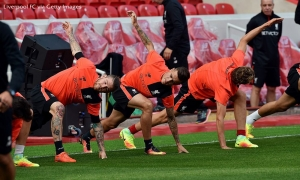 Latihan persiapan di Anfield jelang lawan Leicester