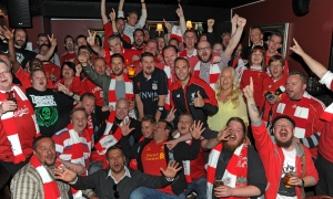 McAteer meets Finnish supporters' club