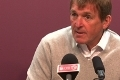 Dalglish_220511_press_120x80_120X80