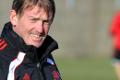 Dalglish_training_030311_1_120x80_4e48d56061fce913855592_120X80