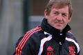 Dalglish_training_100111_120x80_4e40045b64708802638713_120X80