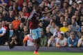 Sakho chips in West Ham's second of the game