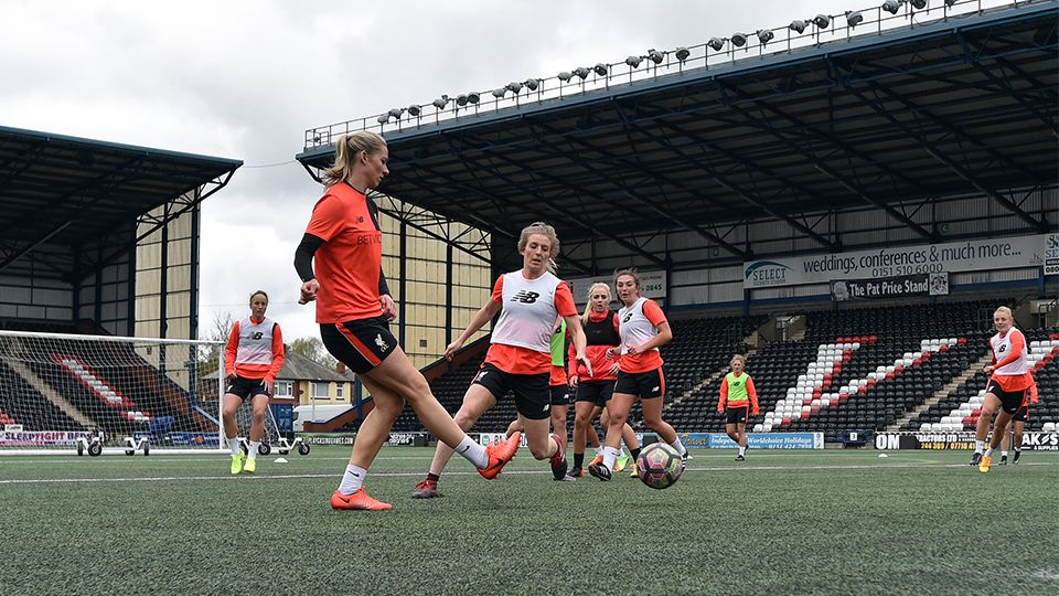 LIVE 7pm: Ladies v Reading