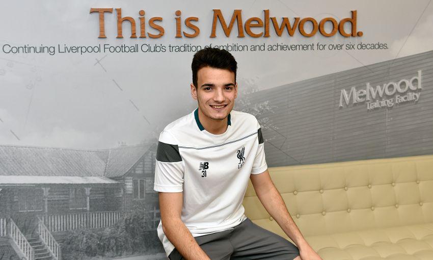 Chirivella pada Kontrak Baru Di Liverpool