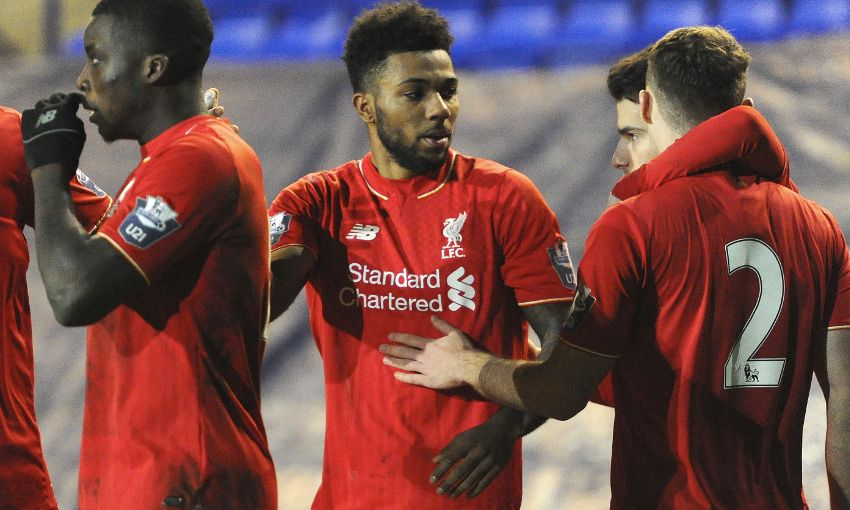 Jones dan Sinclair memberi U21s menang di Leicester
